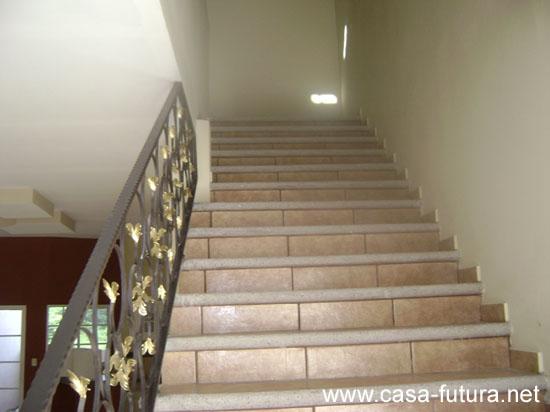 4 gradas for Gradas de casas