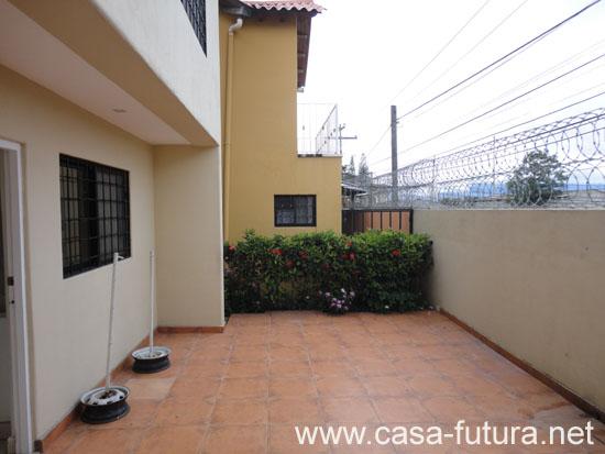 2 patio trasero for Disenos de patios traseros