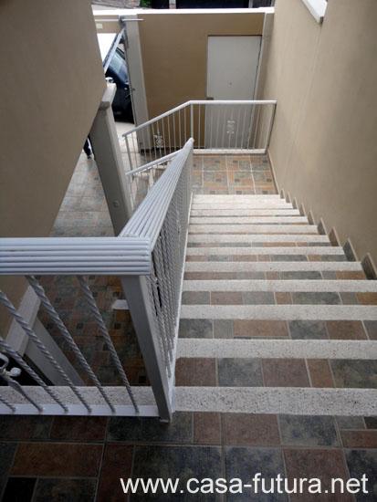 2 gradas exteriores 4 for Gradas para exteriores
