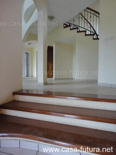 7 detalles gradas de madera for Gradas de casas